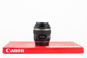 Canon 60mm f2.8 macro USM