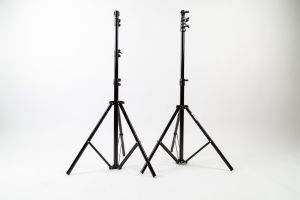 Kit Metz - 2 Stativi Light Stand + 3 ombrellini (senza supporto ombrello)